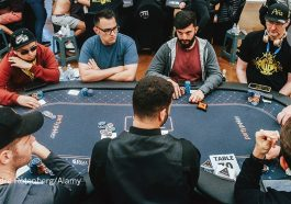 Why Folks Decide To Play Casino Online Using Friends