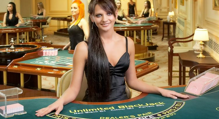 What are the advantages of playing online gambling games?