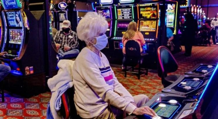 What Everyone Is Saying About Gambling Online And What It Is Best To Do